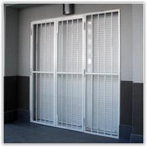 Rejas para puertas de terraza materiales de construcci n - Puertas para terrazas ...